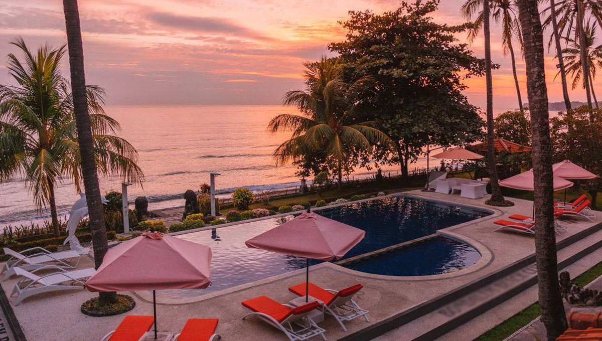 15-bali-beach-club-for-sale-swimpool