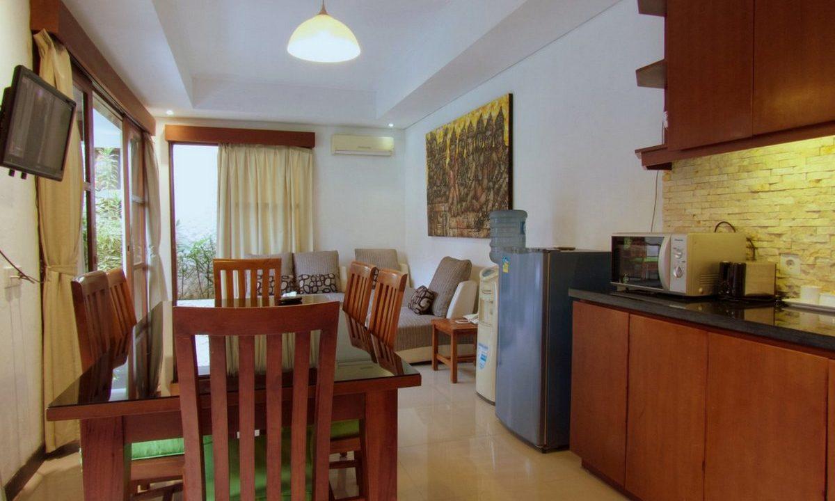 bali-sanur-beach-villas--kitchen-2