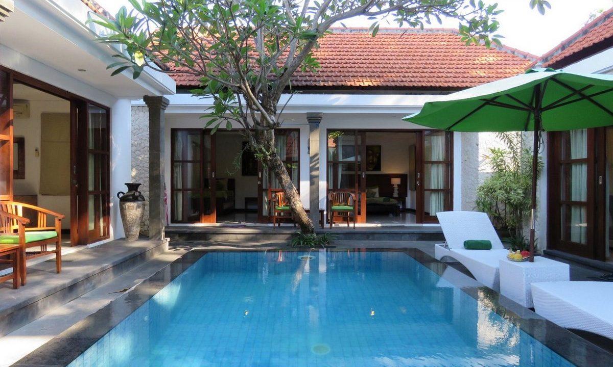 bali-sanur-beach-villas-pool-front