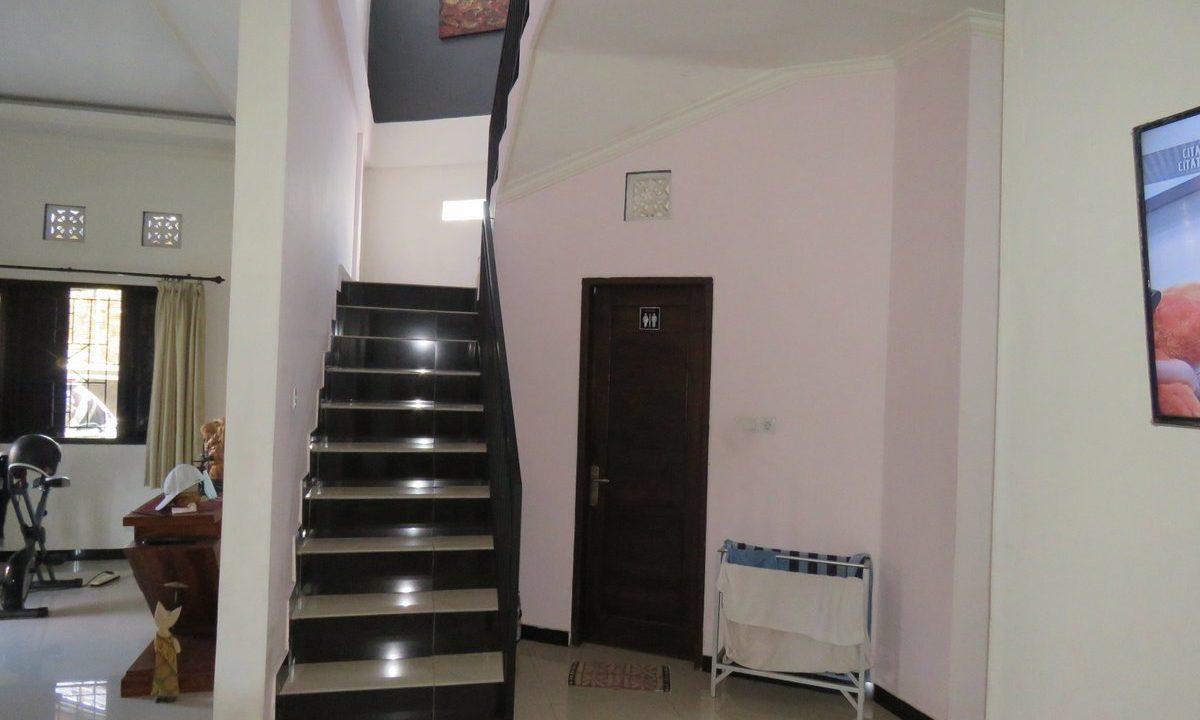 4-br-house-for-sale-nusa-dua-17