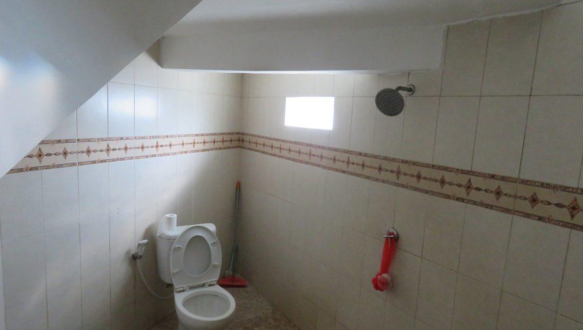 4-br-house-for-sale-nusa-dua-18