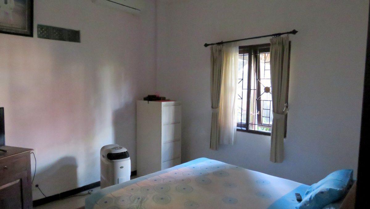 4-br-house-for-sale-nusa-dua-20