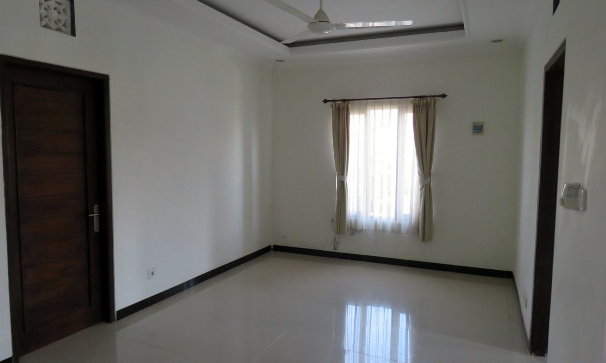 4-br-house-for-sale-nusa-dua-22