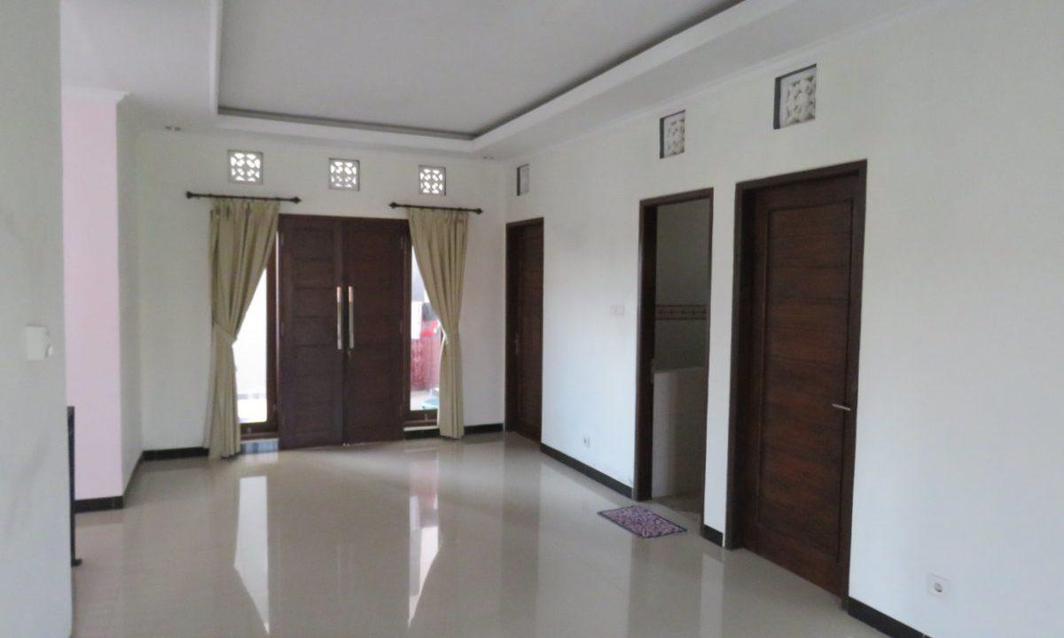 4-br-house-for-sale-nusa-dua-23