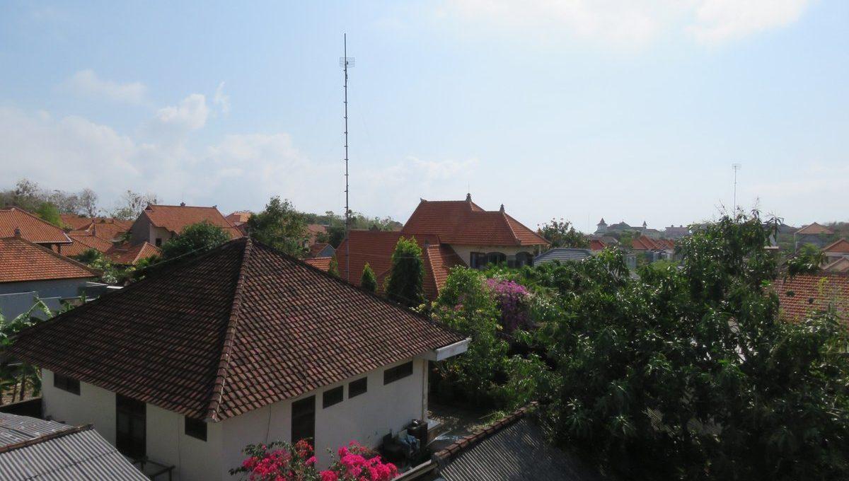 4-br-house-for-sale-nusa-dua-27
