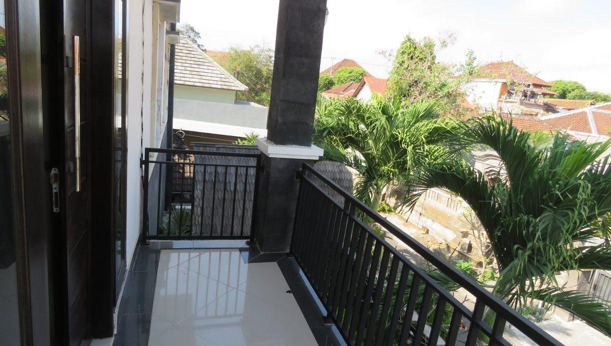 4-br-house-for-sale-nusa-dua-30