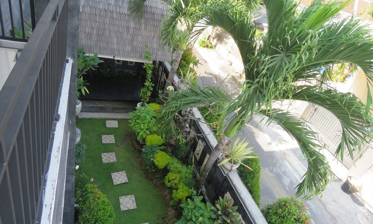 4-br-house-for-sale-nusa-dua-31