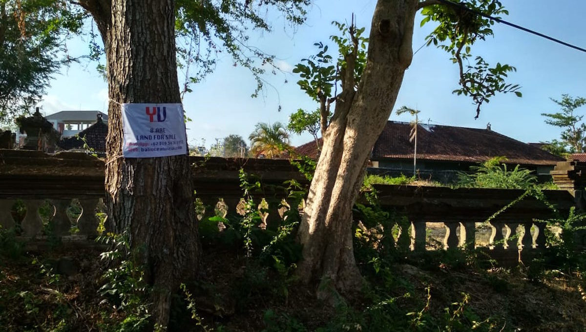 8 are land for sale in taman mumbul