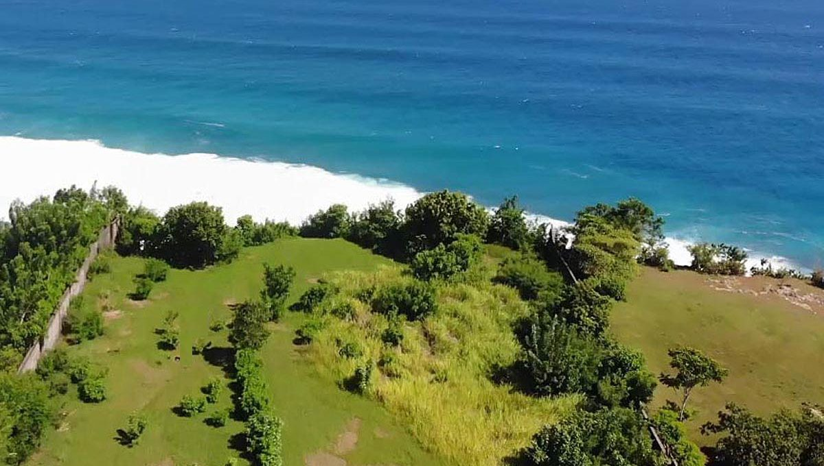 Absolute-cliff-front-land-with-ultimate-view-06