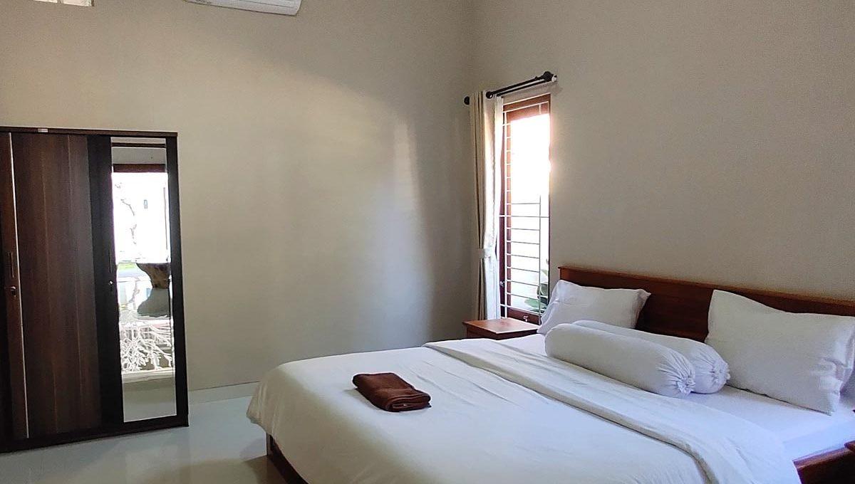bukit-villa-for-sale-bedroom-1