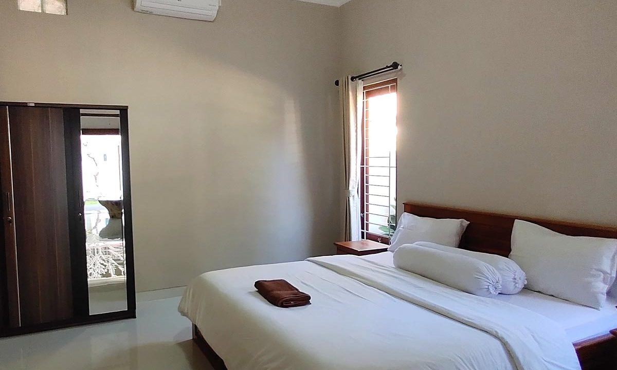 bukit-villa-for-sale-bedroom-1