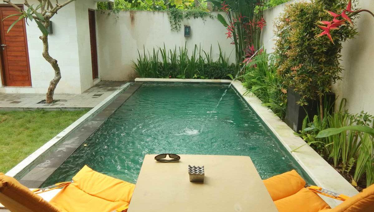 bukit-villa-for-sale-pool2