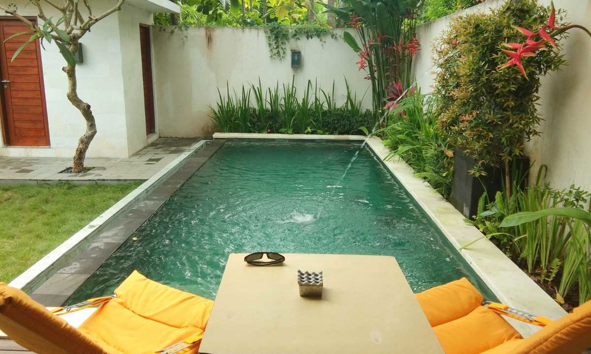 bukit-villa-for-sale-pool2