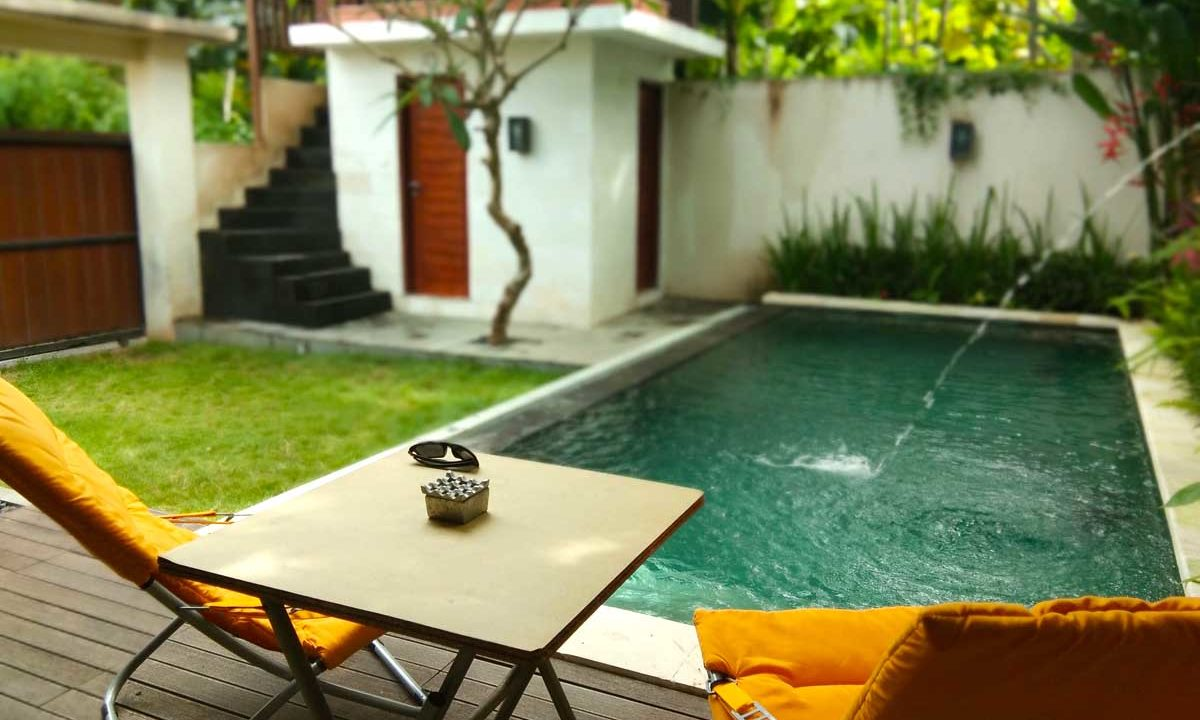 bukit-villa-for-sale-pool3