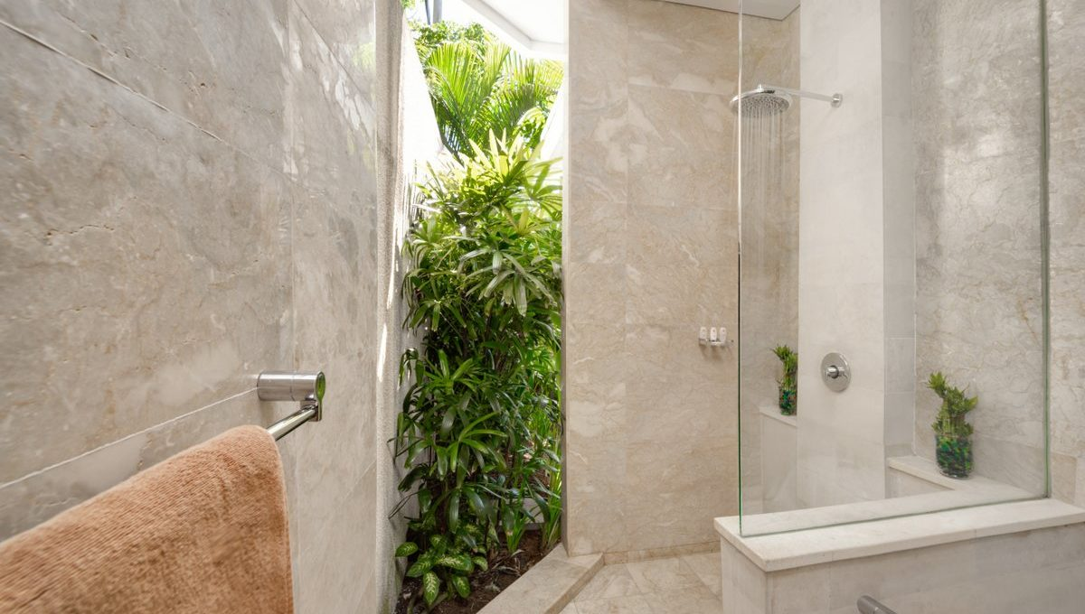 dgv1 bathroom_3