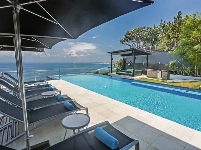 Oceanfront Suluban Cliff Villa -7