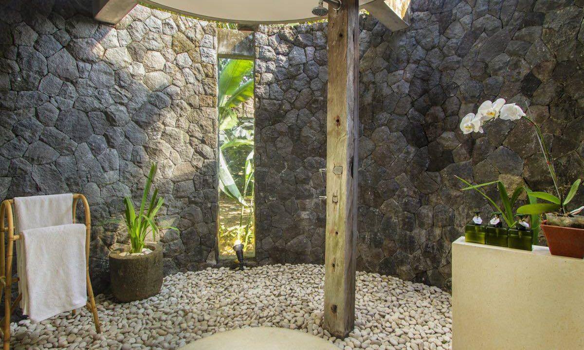 Mengwi-Bathroom-04