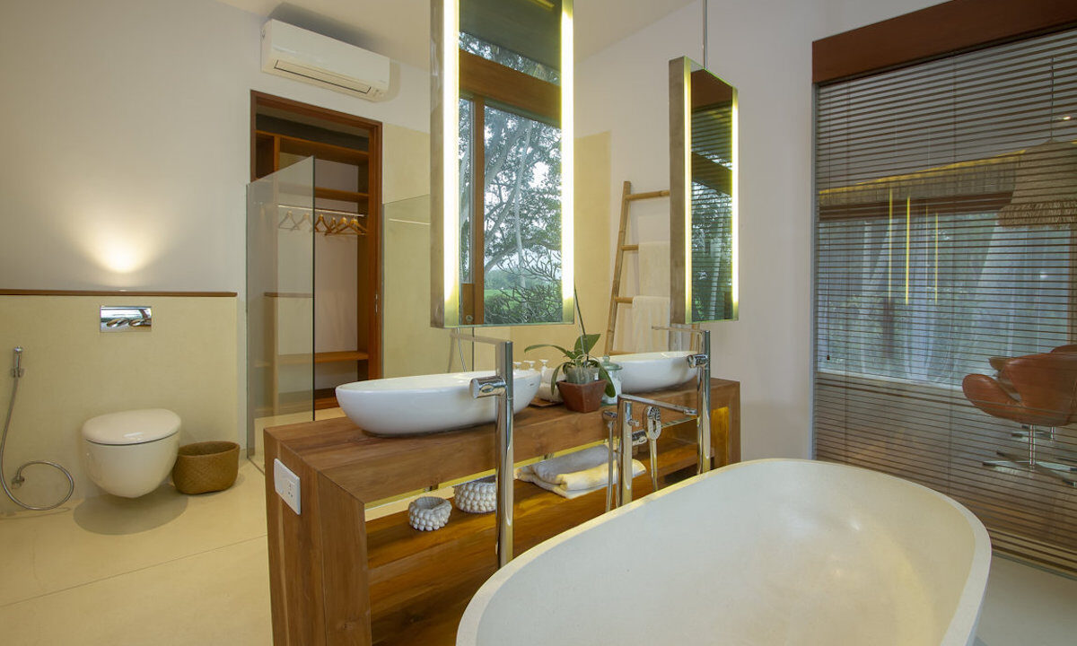 Mengwi-Bathroom-06