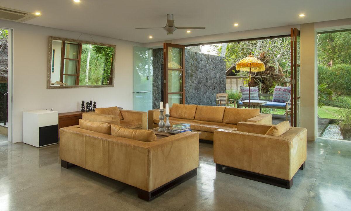 Mengwi-Livingroom-01