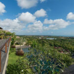 5 bedrooms villa for sale in Jimbaran 1